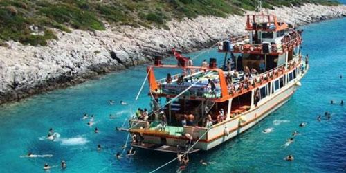Istanbul Bosphorus Tours Avsa Trip